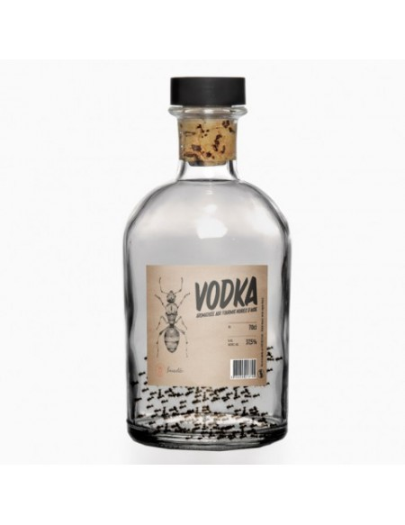 Vodka fourmis noires